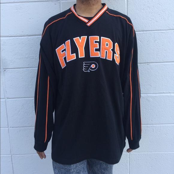 watch 9b207 be119 Vintage Philadelphia Flyers v-neck t-shirt
